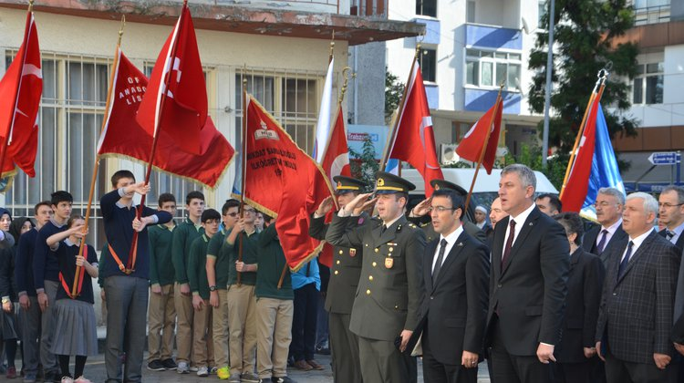 Of'ta 10 Kasım Atatürk'ü Anma Programı Gerçekleşti