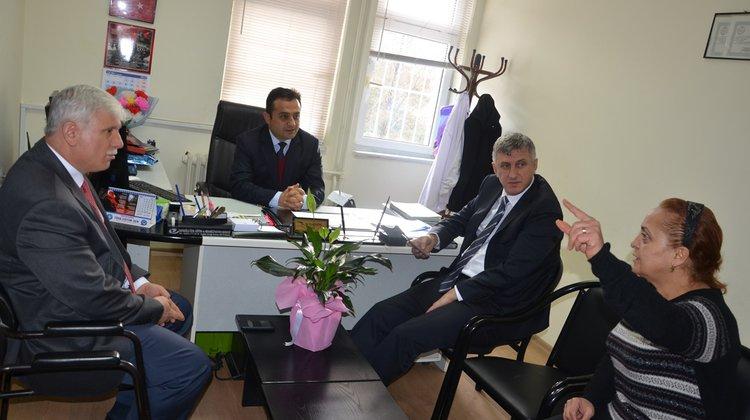 Başkan Sarıalioğlu'ndan Okul Müdürü Yıldırım'a Hayırlı Olsun Ziyareti