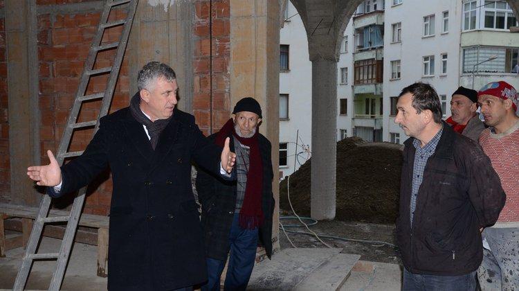 """Başkan Sarıalioğlu, """"Of İrfanlı Mahalle Camii Hızla Yükseliyor"""""""