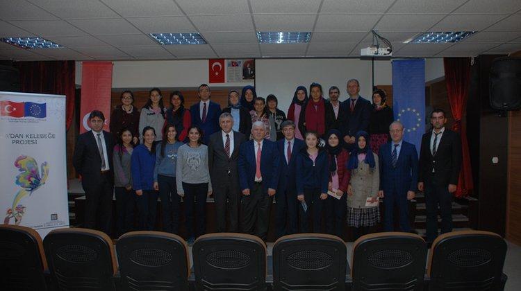 Yrd. Doç. Dr. Zeynep Göktaş'tan kız öğrencilere konferans