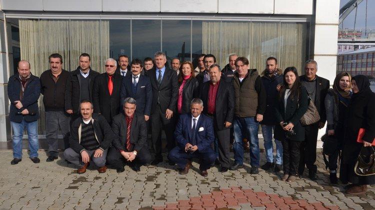 Başkan Sarıalioğlu, Gazetecileri Unutmadı