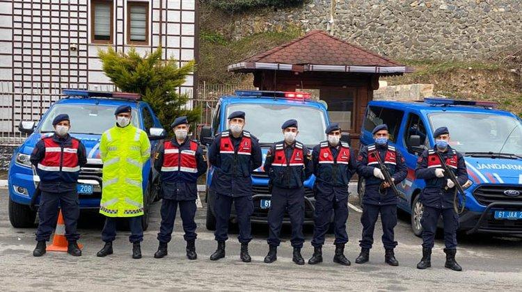 Of Jandarma'dan dolmuşlara koronavirüs denetimi