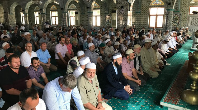Demokrasi Şehitlerimiz için Kur'an Tilaveti okutuldu