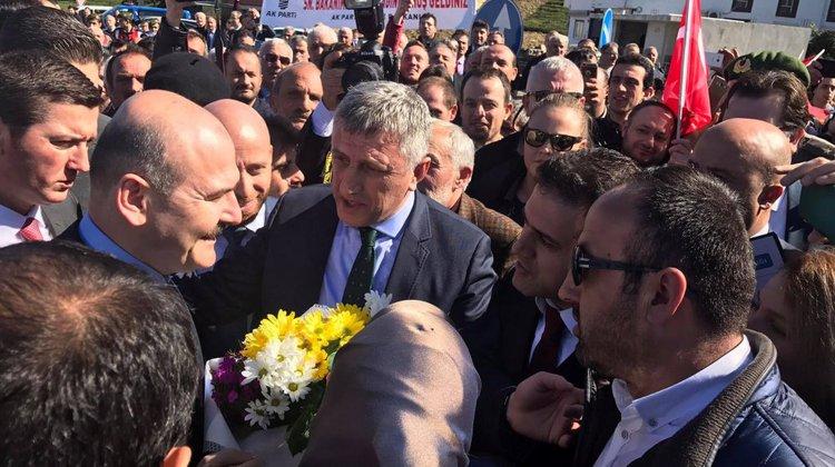 İçişleri Bakanı Süleyman Soylu'ya Of'ta büyük ilgi