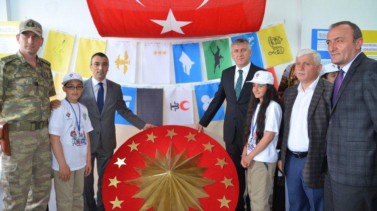Mikdat Sarıalioğlu Ortaokulu'ndan 80 günde devri alem gibi Bilim Fuarı