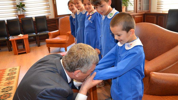 Başkan Sarıalioğlu'na İlköğretim Haftası Ziyareti