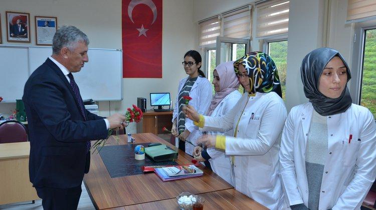 Başkan Sarıalioğlu'ndan Öğretmenler Günü Ziyaretleri
