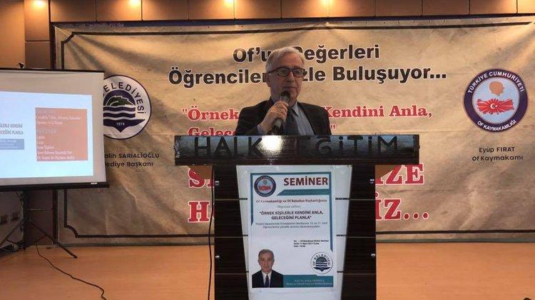 Prof. Habip Dayıoğlu Of'ta öğrencilerle buluştu