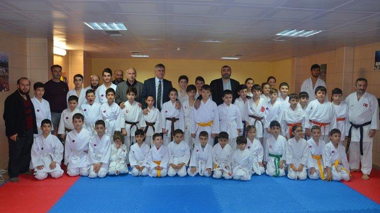 Oflu Karateciler Kuşak Heyecanı Yaşadı
