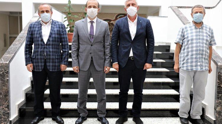 Başkan Sarıalioğlu'ndan Rektör Çuvalcı'ya hayırlı olsun ziyareti