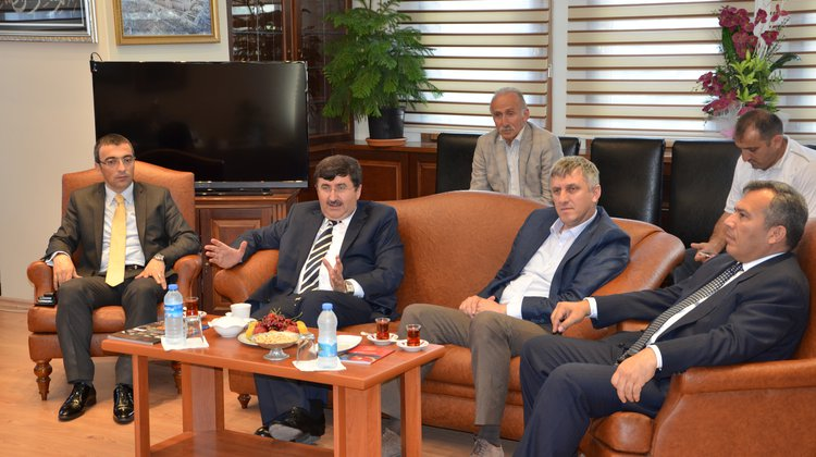 Vali Öz'den Başkan Sarıalioğlu'na Ziyaret