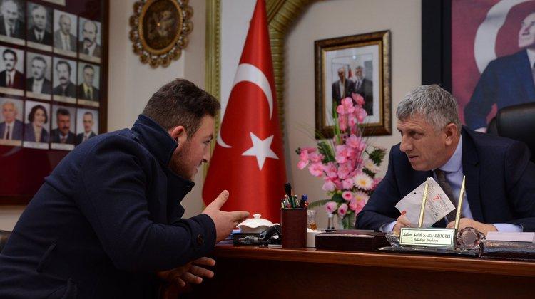 Başkan Sarıalioğlu, Halk Günü'nde vatandaşı dinledi
