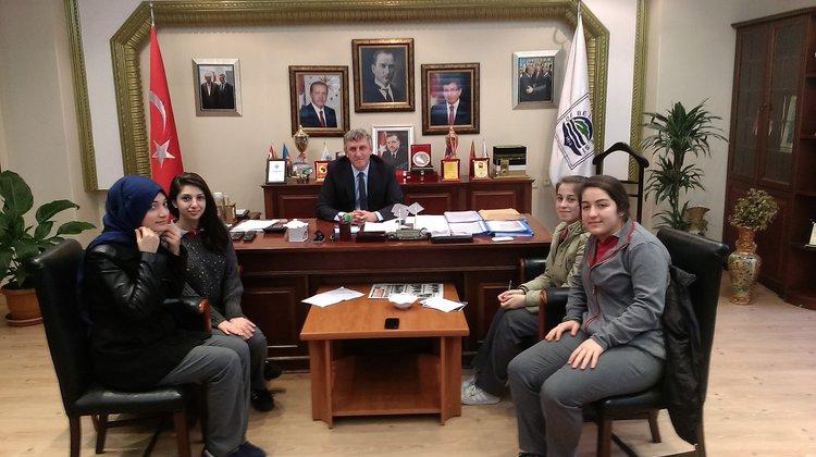 Öğrenciler Başkan Sarıalioğlu İle Röportaj Yaptı