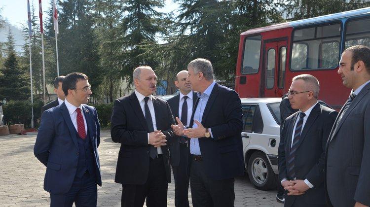 Başkan Sarıalioğlu Yeni Adliye Sarayı Alanını İnceledi