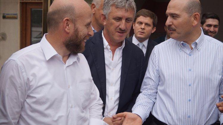Bakan Soylu başkanlar Sarıalioğlu ve Terzioğlu'nun markajında