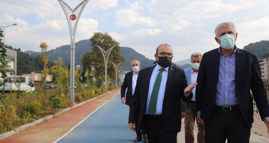 Vali Ustaoğlu Of'ta incelemelerde bulundu