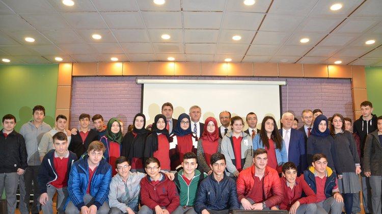 Oflu Dekan Sadıkoğlu'ndan Oflu Öğrencilere hayat dersi