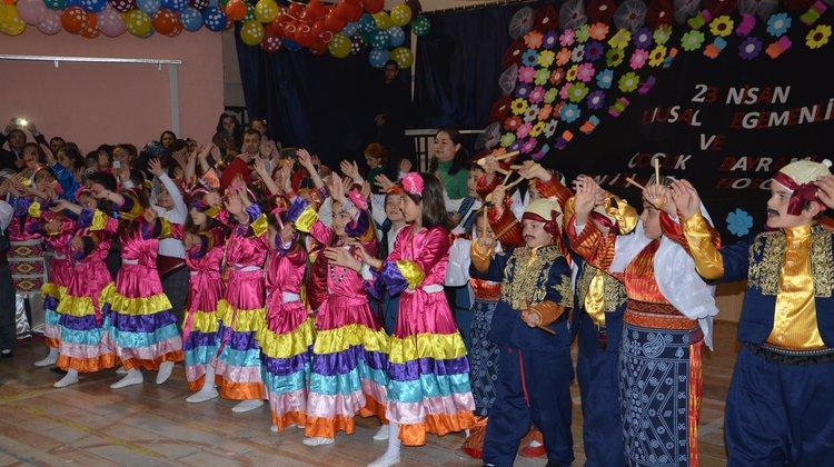 Oflu Çocuklar 23 Nisan'ı Kutladı