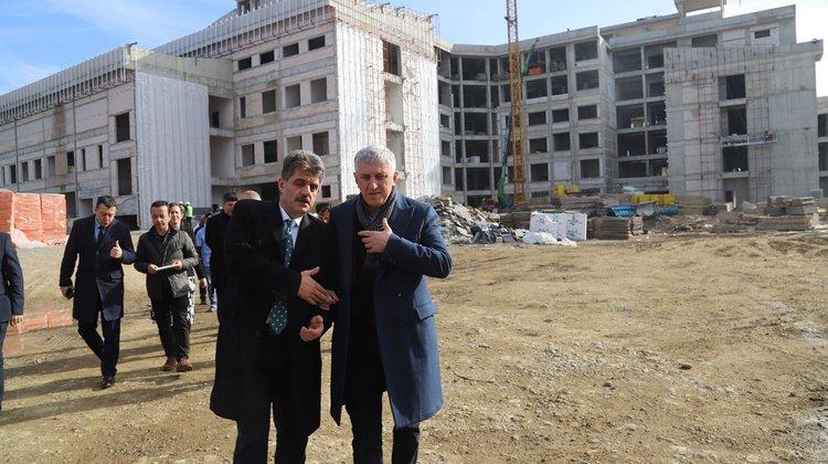 Yeni Of Devlet Hastanesi İnşaatı Hızla İlerliyor