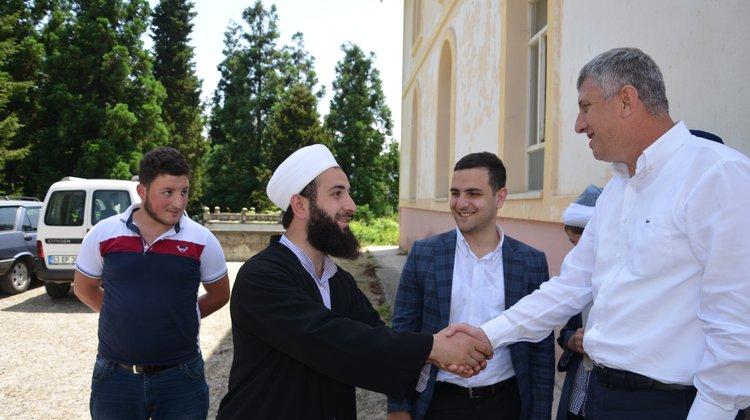 Başkan Sarıalioğlu, 'Cuma Buluşmaları'nda vatandaşı dinliyor