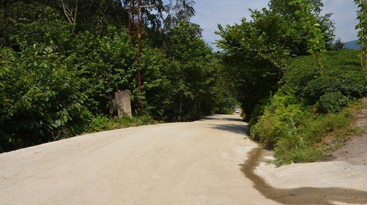 Keler Mahallesi'nde Beton Yol Çalışması
