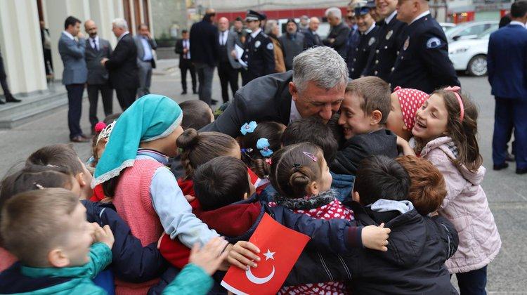 """Başkan Sarıalioğlu, """"Milli Egemenliğimizin 99. Yıl Dönümü Kutlu Olsun"""""""