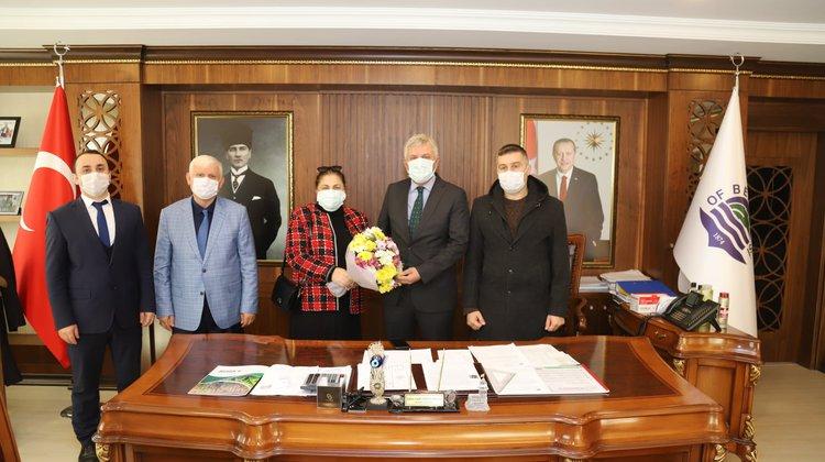 Öğretmenlerden Başkan Sarıalioğlu'na anlamlı ziyaret