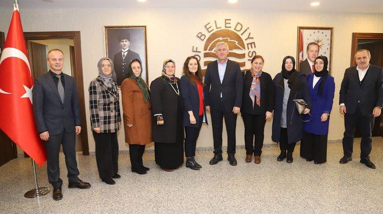 Ak Parti Kadın Kollarından Başkan Sarıalioğlu'na Ziyaret