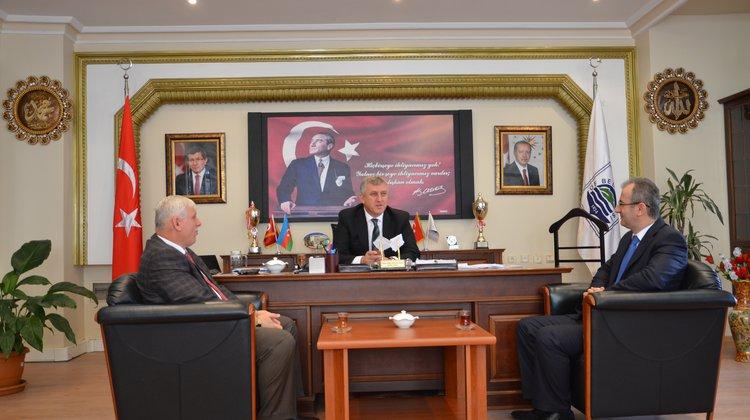 Eğitimciler, Başkan Sarıalioğlu'nu ziyaret etti