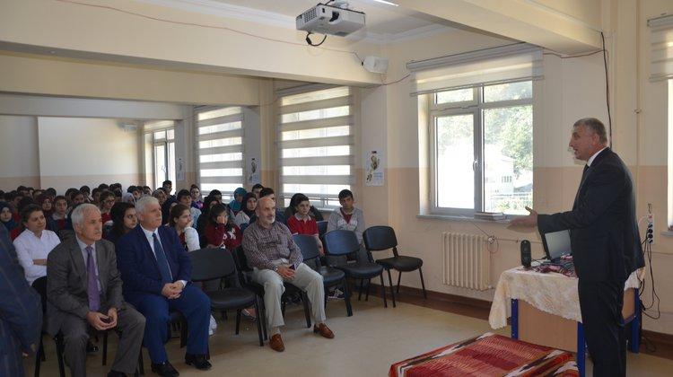 Başkan Sarıalioğlu, Solaklı Fen Lisesi'ni ziyaret etti