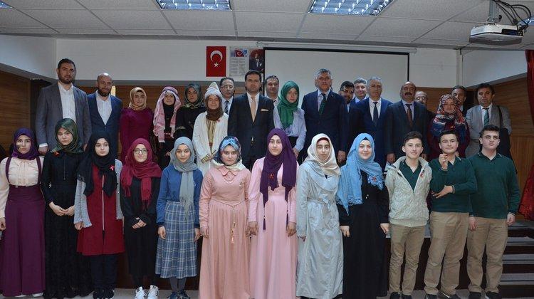8.Uluslararası Arapça Şiir yarışması Of'ta yapıldı