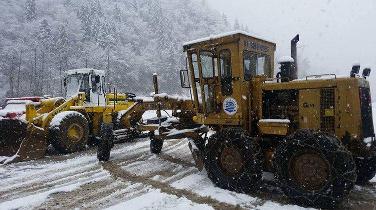 Of Belediyesi karla mücadeleye hazır