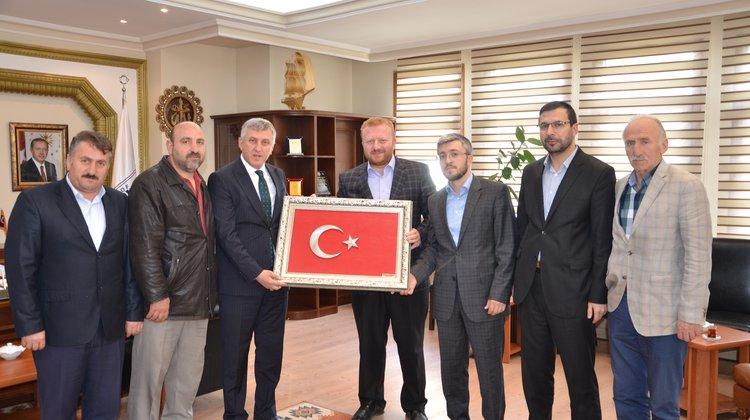 Ballıca Kursun'dan Başkan Sarıalioğlu'na Kutlu Doğum hediyesi